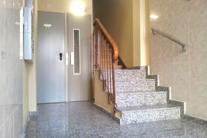 Instalacion ascensor hueco escalera HUESCA