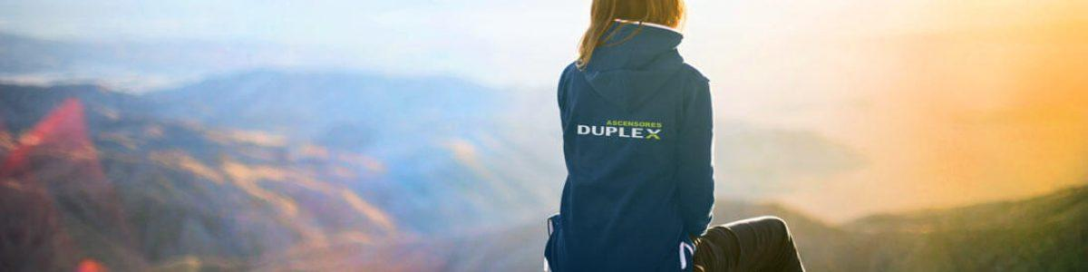 chica_duplex_montaña